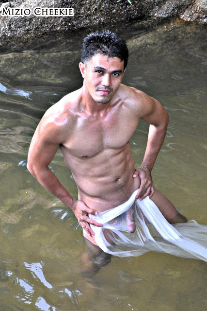 naked-malay-guy-pictures