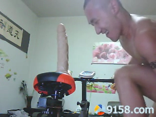 chinese-tattoo-hunk-riding-dildo-bike-at-home-02.png