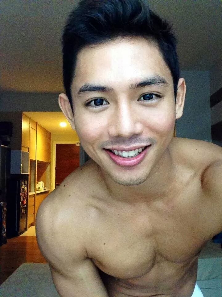 Handsome Malaysian Hunk - Queerclick-2101