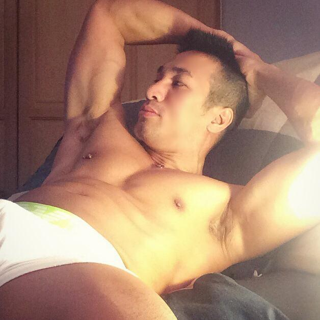 naked-malaysian-men-model-video
