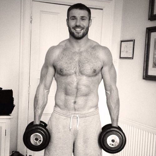Porn Break: Shirtless Ben Cohen