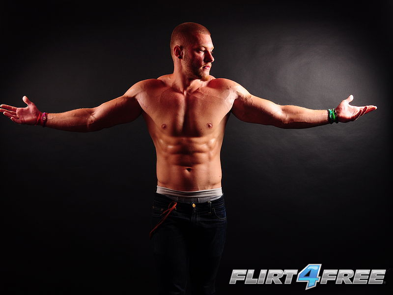 Thomas Hunk at Flirt4Free