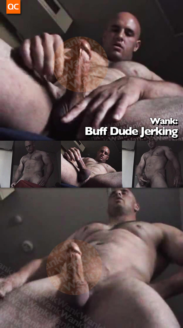 Wank: Buff Dude Jerking