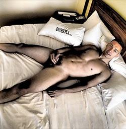 Gayhoopla: Thomas Diaz