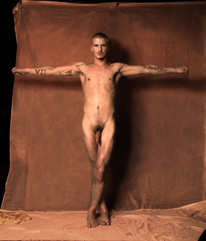 David Beckham Frontal Nude. The day we've been waiting for.