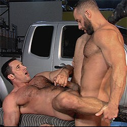 Titan Men: Grease Monkey – Eddy Ceetee and Nick Capra