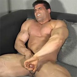 The Guy Site: Big Muscle Jay