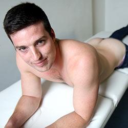 Bentley Race: Simon Jones gets naked in his first studio shoot