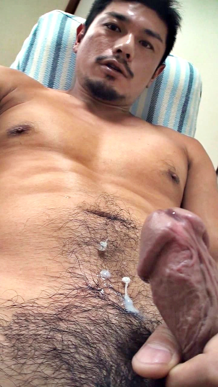 Man Cumming