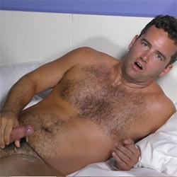 The Guy Site: Bobby Hunter