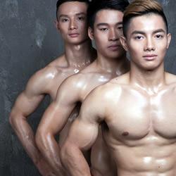vietnams-gymnasts-150811-th