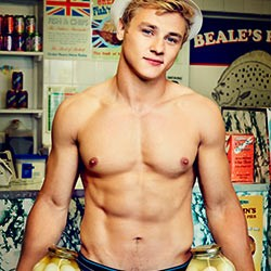 British Angel-Faced Actor Ben Hardy Exposed His Penis On Stage!