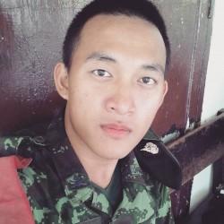 Gorgeous Thai Soldier Exposed!