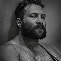QC's Wish You Were Queer: Jai Courtney – We So Wish We Could Count Him As A Member Of Our Squad!