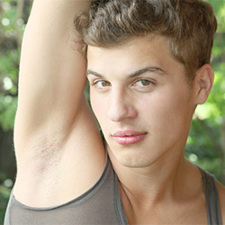 Bel Ami: Dylan Maguire