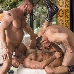 Titan Men: Dirk Caber, Hunter Marx and Daddy Max – Package