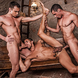 Lucas Entertainment: Ibrahim Moreno, Alex Kof and Javi Velaro Flip Fuck – Bareback