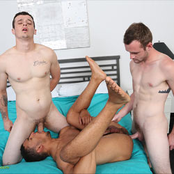 ChaosMen: Easton, Franco and Jerom Threesome Flip Fuck – Bareback