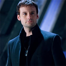 Callum Blue, English Actor From The Tudors And Smallville, Alleged Dick Pics Surface!