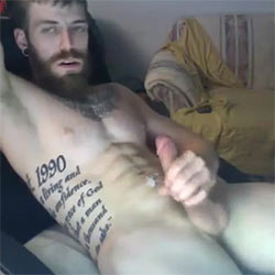 Cumming On His Insanely Ripped Abs!