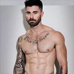 Kyle Krieger, Former Football Player And IG Model, Fully Naked In Leaked Selfies From His Past!
