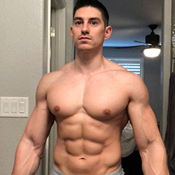 """Ten """"Pec""""tacular Fitness Models From Instagram That You Need In Your Life This Week!"""