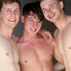 GayHoopla: Price Hogan Adrian Monroe And James Manziel Threesome In Europe