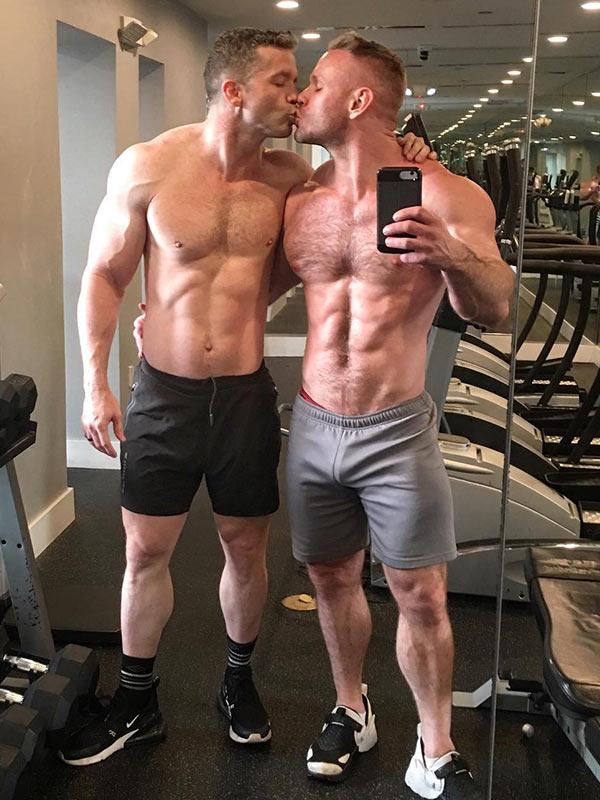 Kissing-at-The-Gym